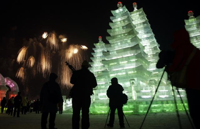 ice-city-in-harbin- (12)