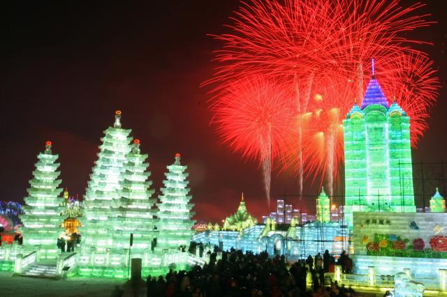 ice-city-in-harbin- (16)