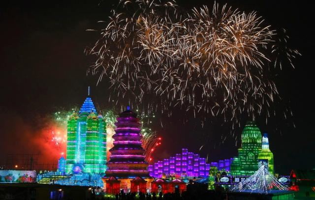ice-city-in-harbin- (17)