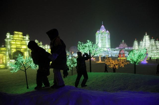 ice-city-in-harbin- (18)