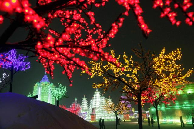 ice-city-in-harbin- (20)