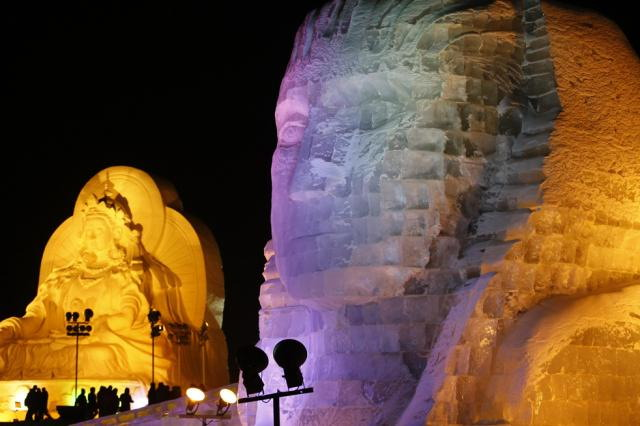 ice-city-in-harbin- (3)
