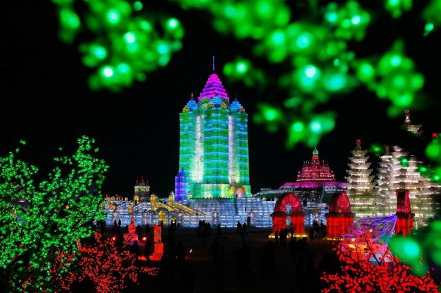 ice-city-in-harbin- (4)