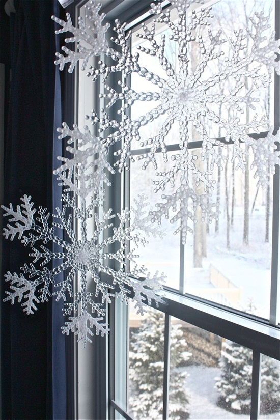 ideas-for-decorating-home-with-snowflakes- (14)