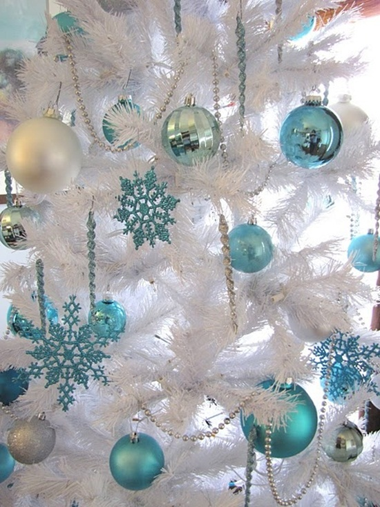 ideas-for-decorating-home-with-snowflakes- (25)
