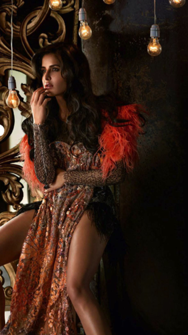 katrina-kaif-photoshoot-for-vogue-magazine-december-2013- (2)