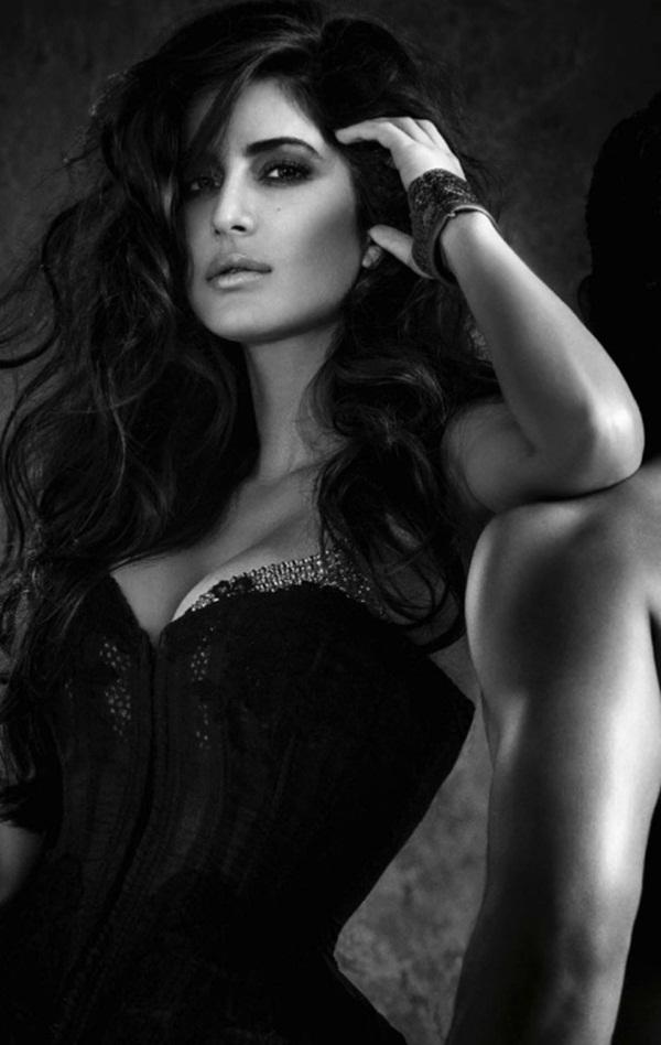 katrina-kaif-photoshoot-for-vogue-magazine-december-2013- (7)