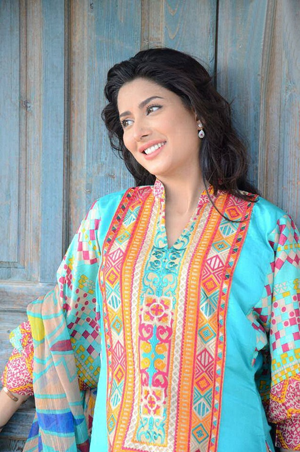 mehwish-hayat-new-photos-16
