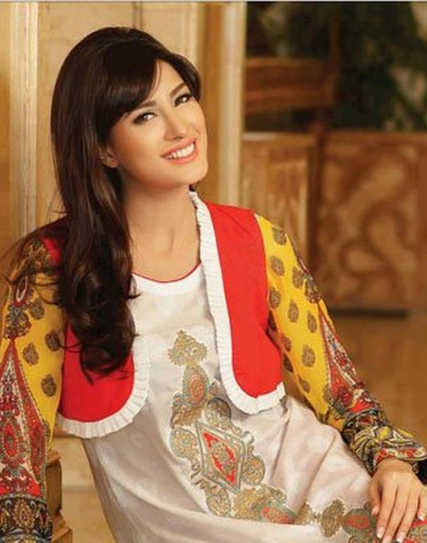 mehwish-hayat-new-photos-17