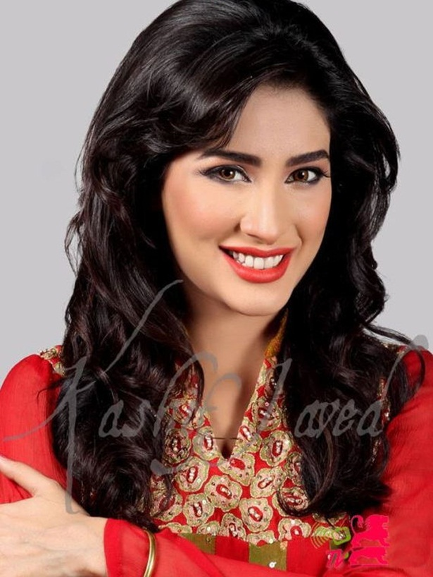 mehwish-hayat-new-photos-20