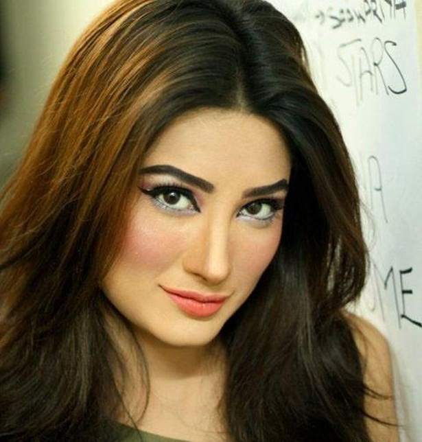 mehwish-hayat-new-photos-24