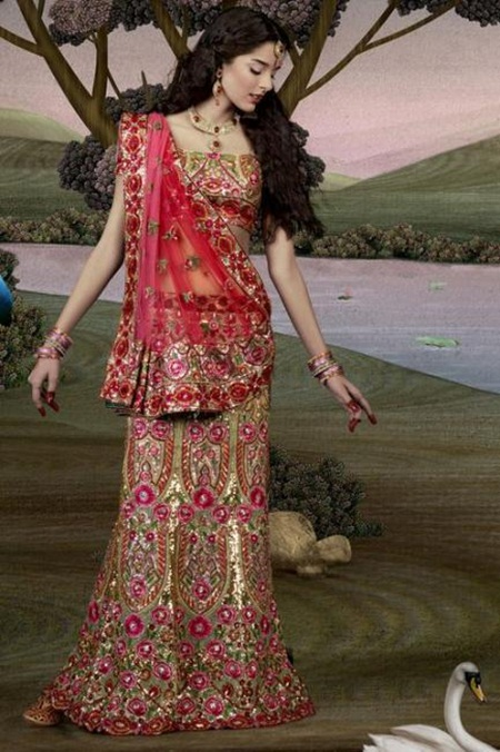 giselli-monteiro-in-indian-wedding-dresses- (10)