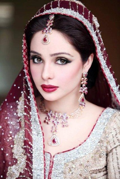 juggan-kazim-in-bridal-makeup- (5)