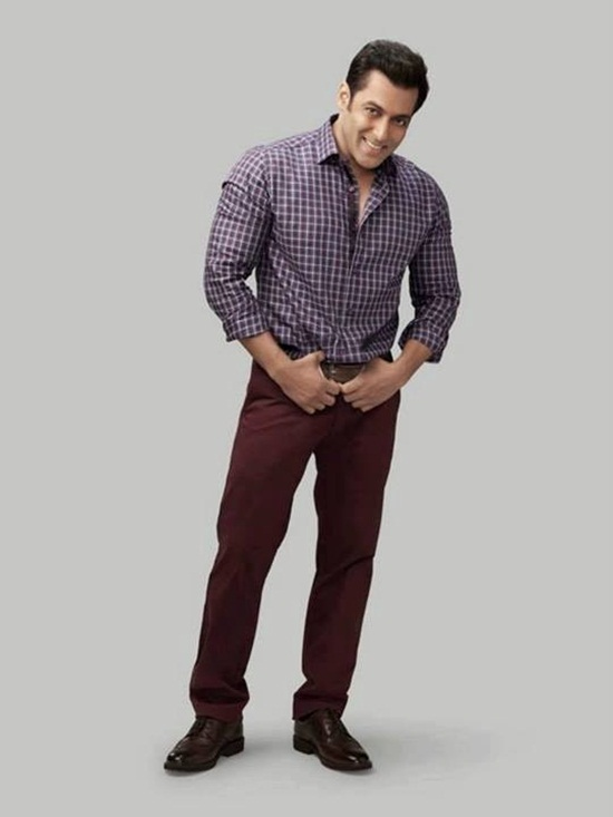 salman-khan-photoshoot-for-splash-winter-collection-2013-2014- (4)