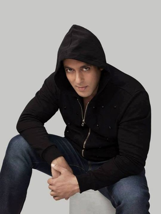 salman-khan-photoshoot-for-splash-winter-collection-2013-2014- (5)