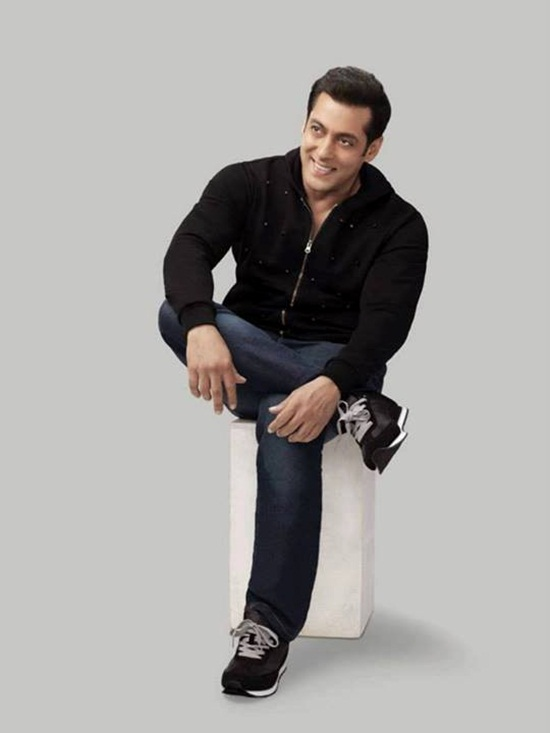 salman-khan-photoshoot-for-splash-winter-collection-2013-2014- (14)