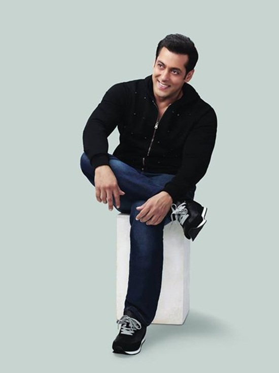 salman-khan-photoshoot-for-splash-winter-collection-2013-2014- (15)