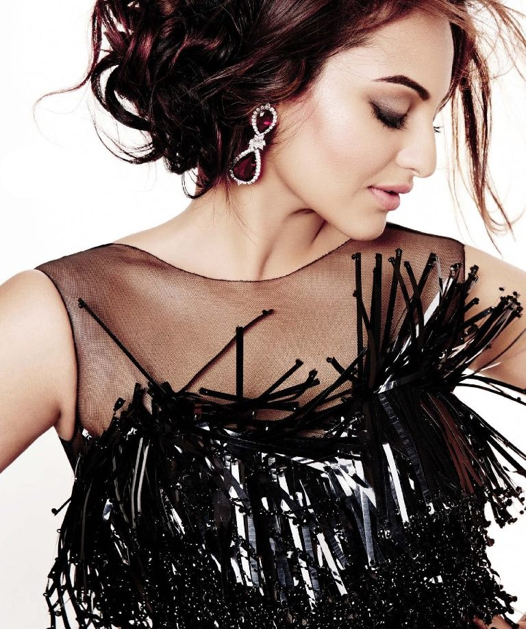 sonakshi-sinha-photoshoot-for-lofficiel-magazine-2013- (8)