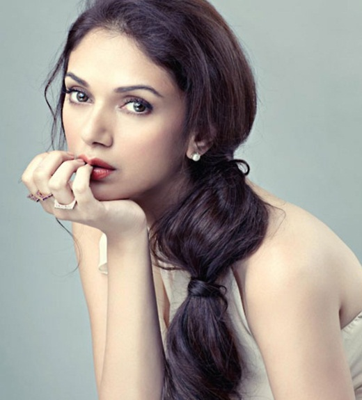 aditi-rao-hydari-photoshoot-for-femina-magazine-january-2014- (5)