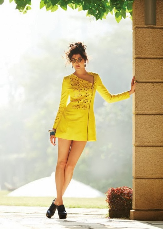anushka-sharma-photoshoot-for-filmfare-magazine-january-2014- (6)