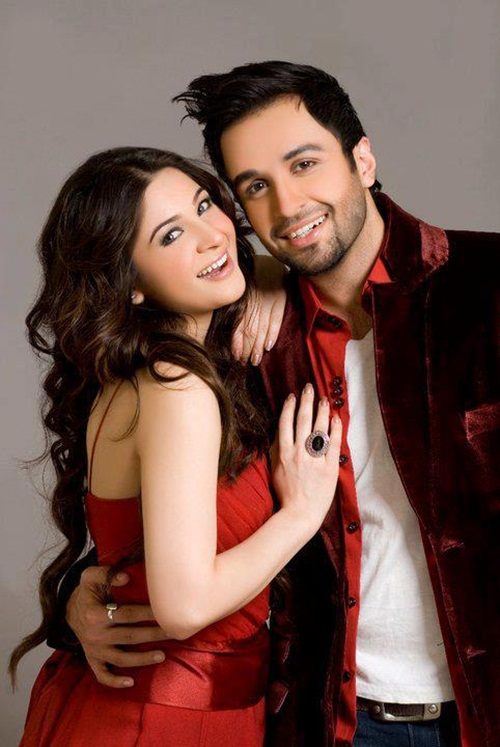 ayesha-omar-and-azfar-rehman-photoshoot- (5)