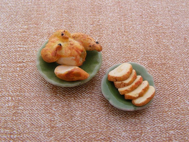 miniature-food-sculptures-by-shay-aaron- (14)