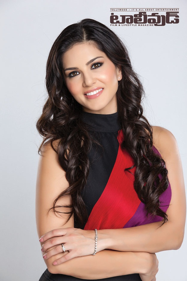sunny-leone-photoshoot-for-tollywood-magazine-2014- (5)