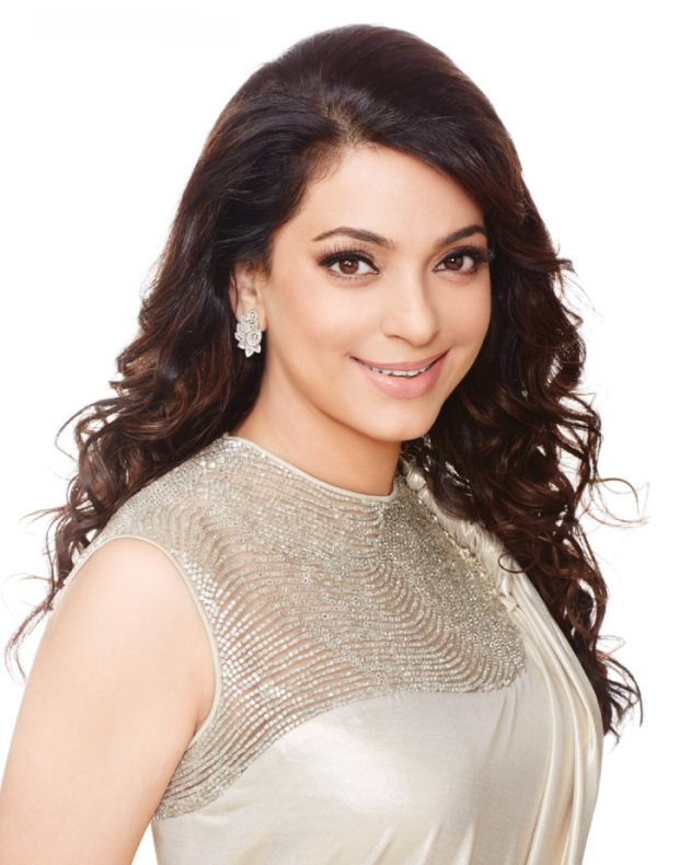 madhuri-dixit-and-juhi-chawla-photoshoot-for-filmfare-magazine-march-2014- (3)