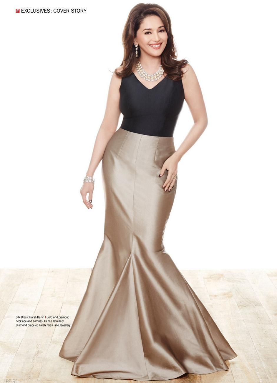 madhuri-dixit-and-juhi-chawla-photoshoot-for-filmfare-magazine-march-2014- (6)