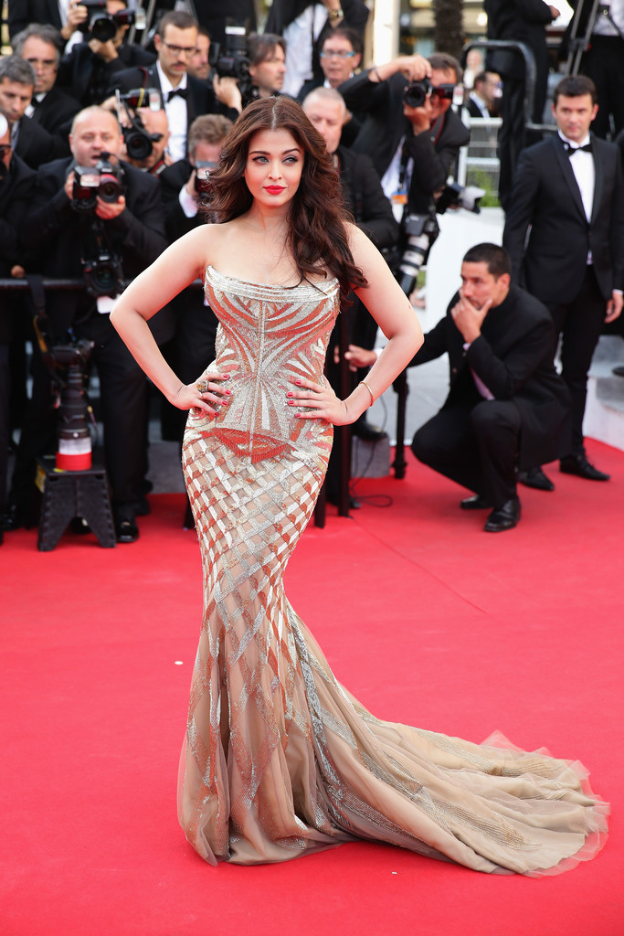 aishwarya-rai-at-cannes-film-festival-2014- (13)