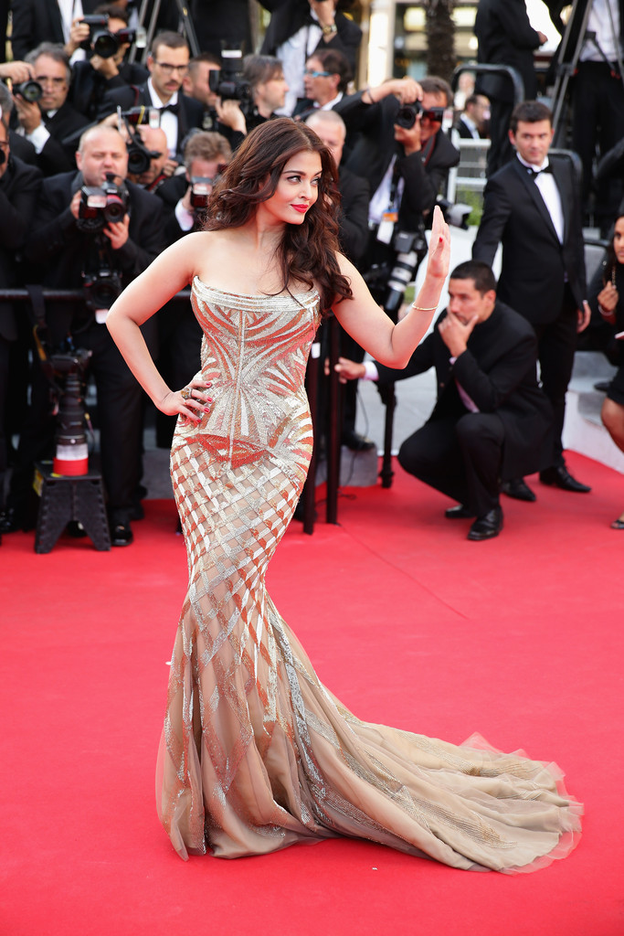 aishwarya-rai-at-cannes-film-festival-2014- (14)