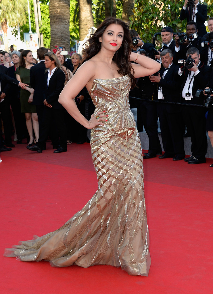aishwarya-rai-at-cannes-film-festival-2014- (16)