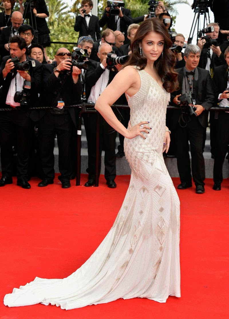 aishwarya-rai-at-cannes-film-festival-2014- (42)