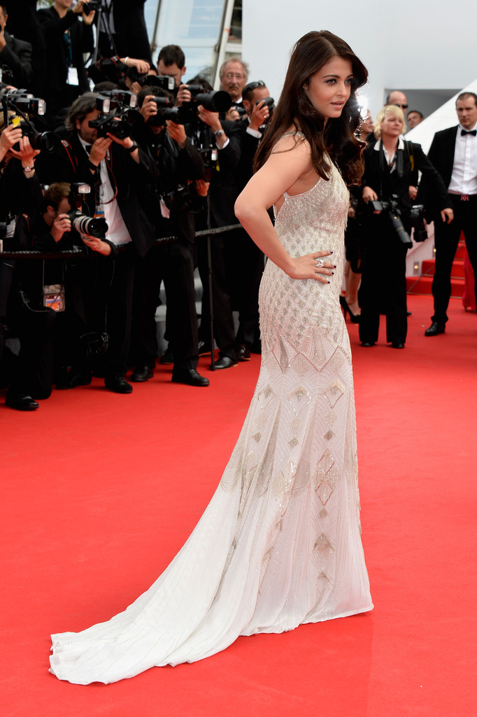 aishwarya-rai-at-cannes-film-festival-2014- (51)