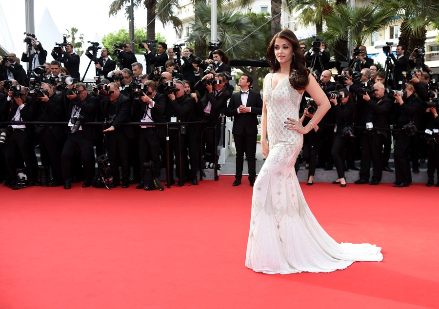 aishwarya-rai-at-cannes-film-festival-2014- (52)