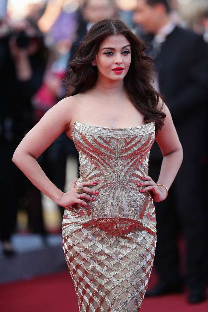 aishwarya-rai-at-cannes-film-festival-2014- (6)