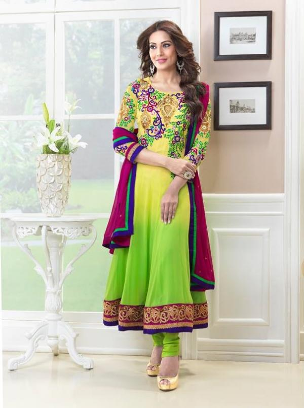 bipasha-basu-in-indian-anarkali-suits- (11)