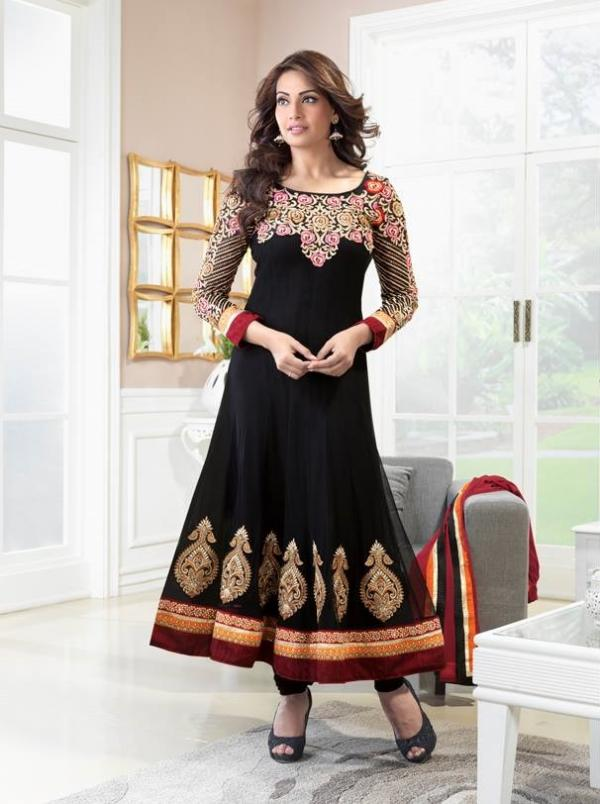 bipasha-basu-in-indian-anarkali-suits- (13)
