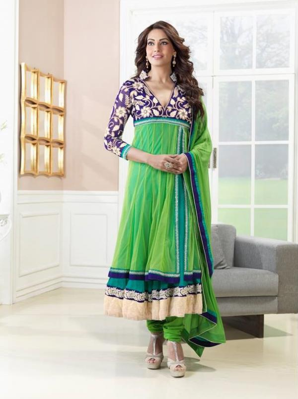 bipasha-basu-in-indian-anarkali-suits- (4)