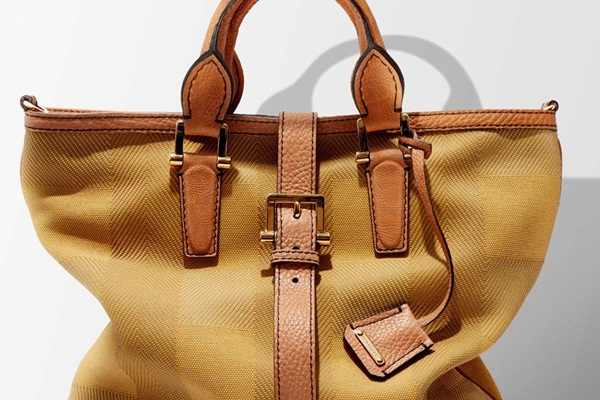 latest-burberry-handbags- (9)