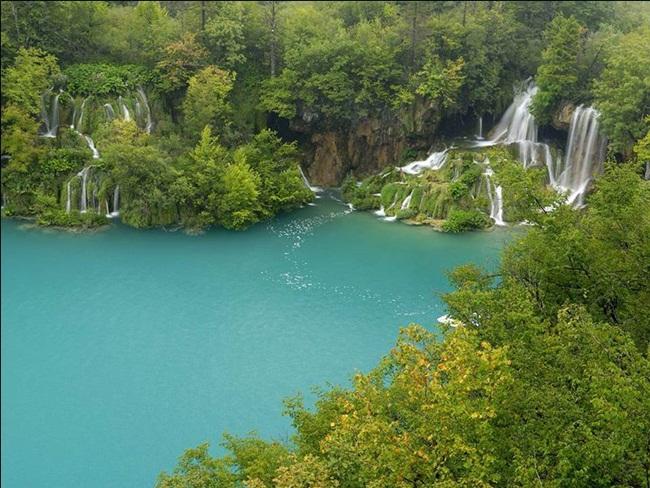 natural-waterfalls-18-photos- (17)