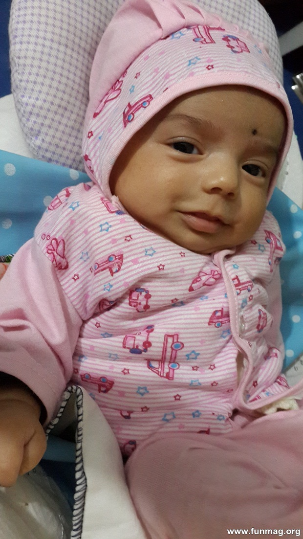 new-born-baby-aizab-31-photos- (29)
