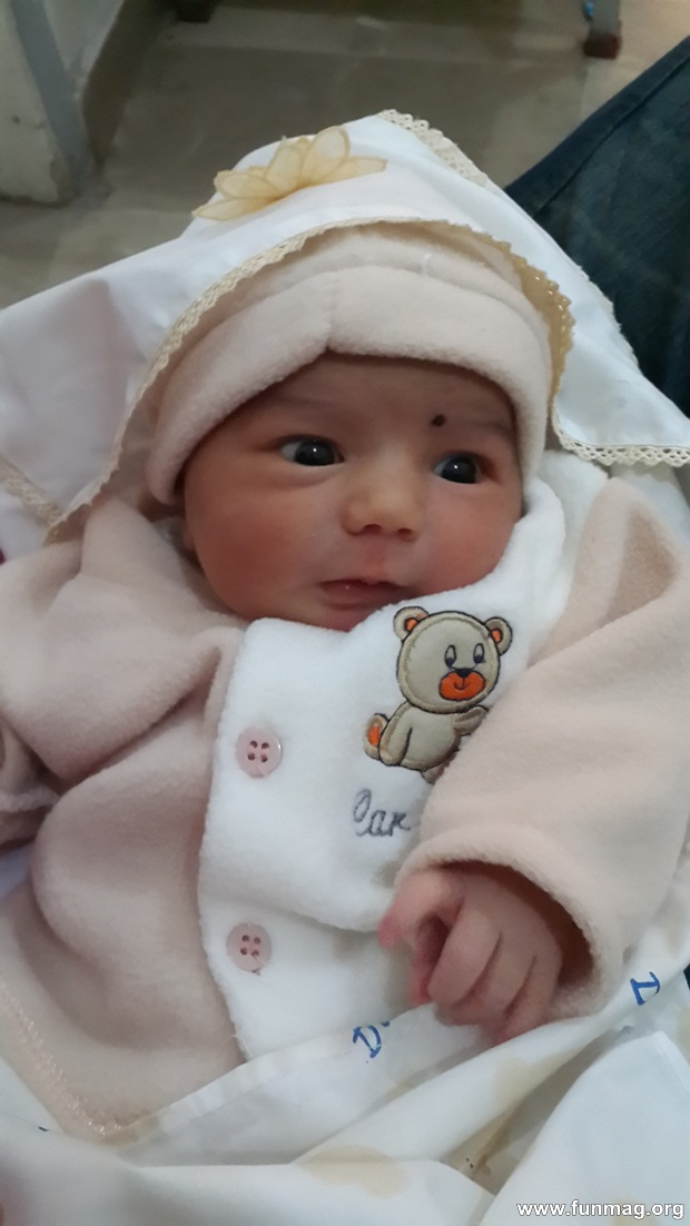 new-born-baby-aizab-31-photos- (4)