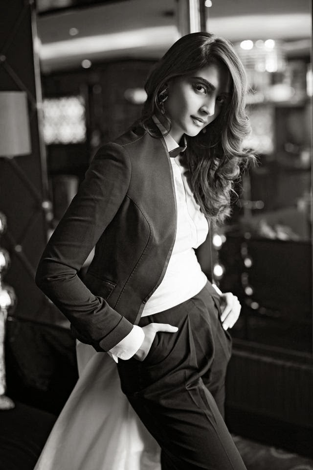 sonam-kapoor-photoshoot-for-femina-mgazine-may-2014- (2)