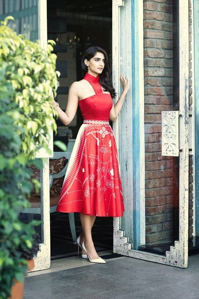 sonam-kapoor-photoshoot-for-femina-mgazine-may-2014- (9)