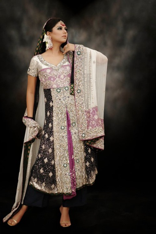 sunita-marshal-in-pakistani-bridal-dress- (13)