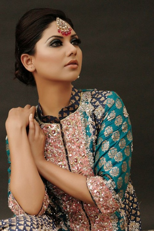 sunita-marshal-in-pakistani-bridal-dress- (6)