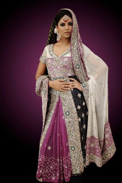 sunita-marshal-in-pakistani-bridal-dress- (7)