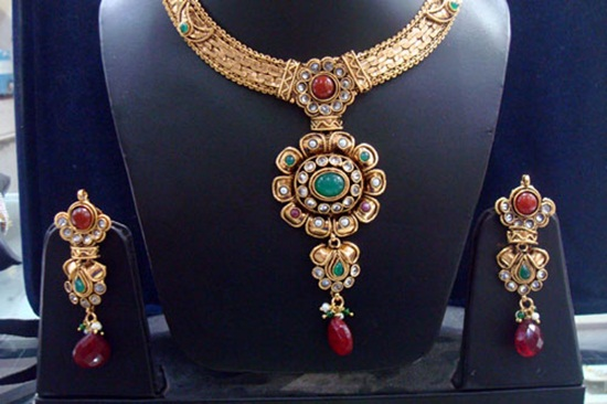 kundan-jewelry-sets- (1)