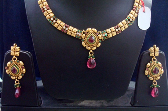 kundan-jewelry-sets- (10)